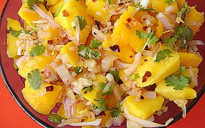 Mangós rizs saláta